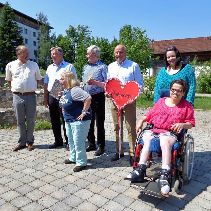 Einweihung der Rollstuhl-Schaukel6. Juni 2015
