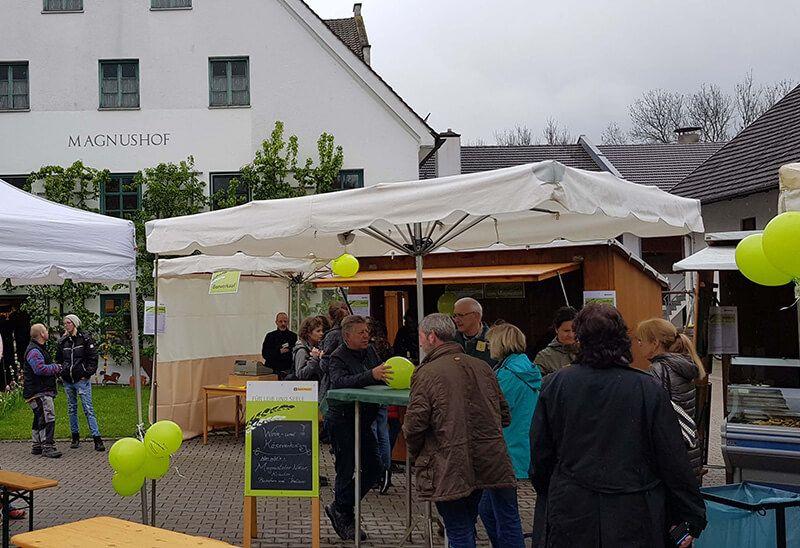 Jungpflanzenverkauf und Hoffest bei Regens Wagner Holzhausen