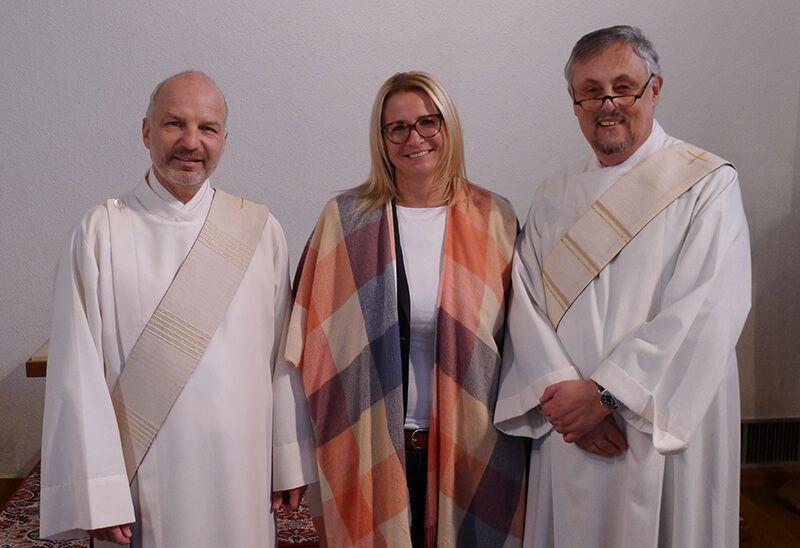 Diakon Thomas Knill, Gesamtleiterin Simone Kögl, Diakon Harald Walter (v. li.)