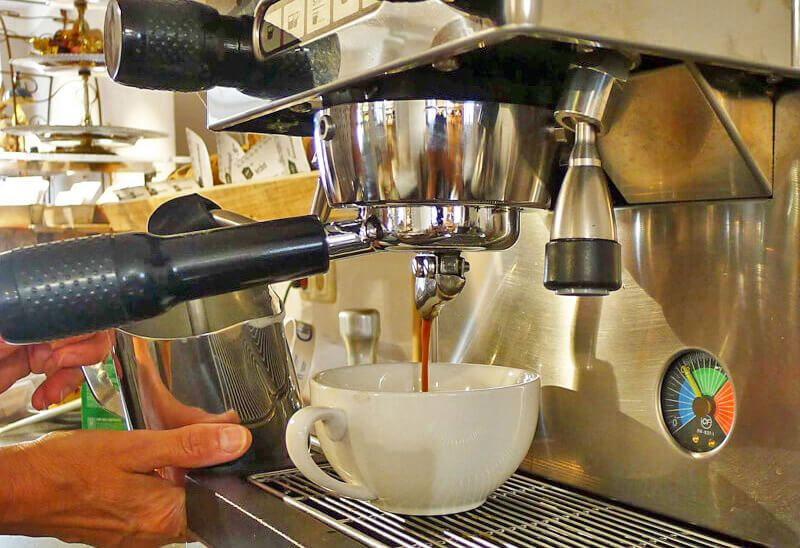 Café-Betrieb öffnet wieder
